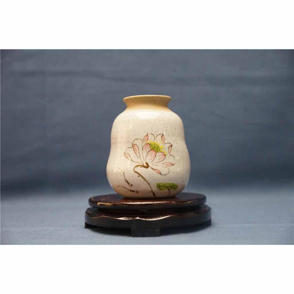 粗陶彩绘花瓶2