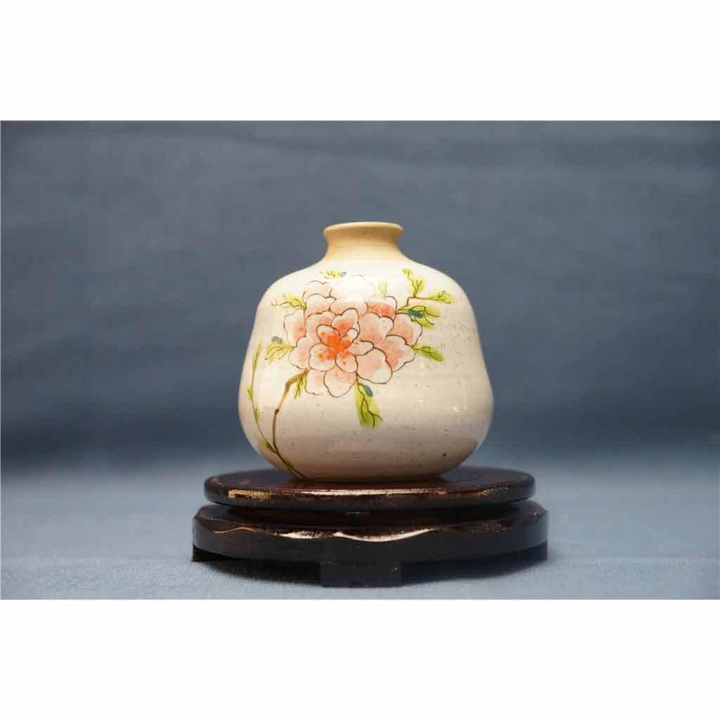 粗陶彩绘花瓶1